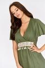 Lniana sukienka khaki z wiązaniem (2)