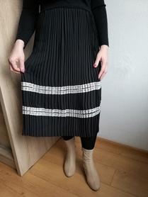 Sukienka sweterek z plisowanką