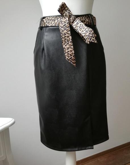 Czarna spódnica Ekoskóra (1)